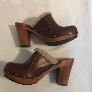 Mia Wooden Clog Leather and Faux Shearling Size 8